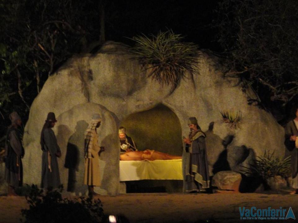 Jesus no Sepulcro