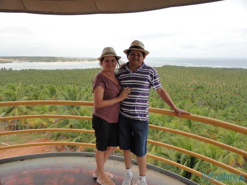 De cima do mirante do Gunga, o coqueiral e a encantadora praia do Gungo lá na frente!