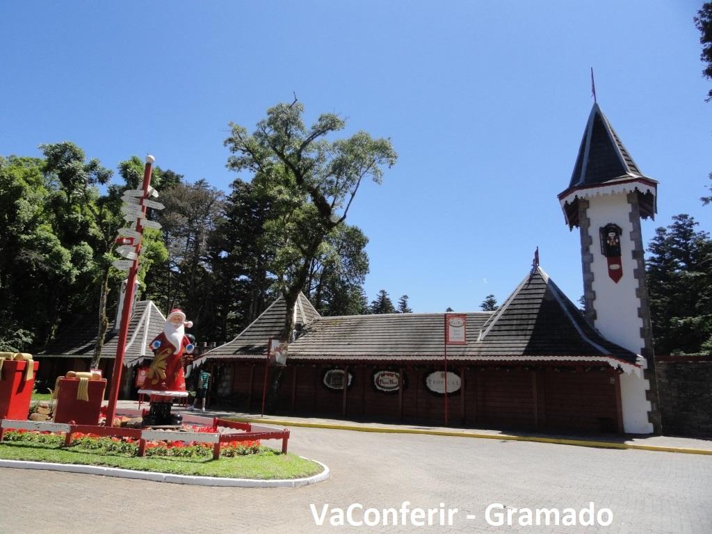 Entrado principal para o Parque Knorr - Aldeia do Papai Noel.