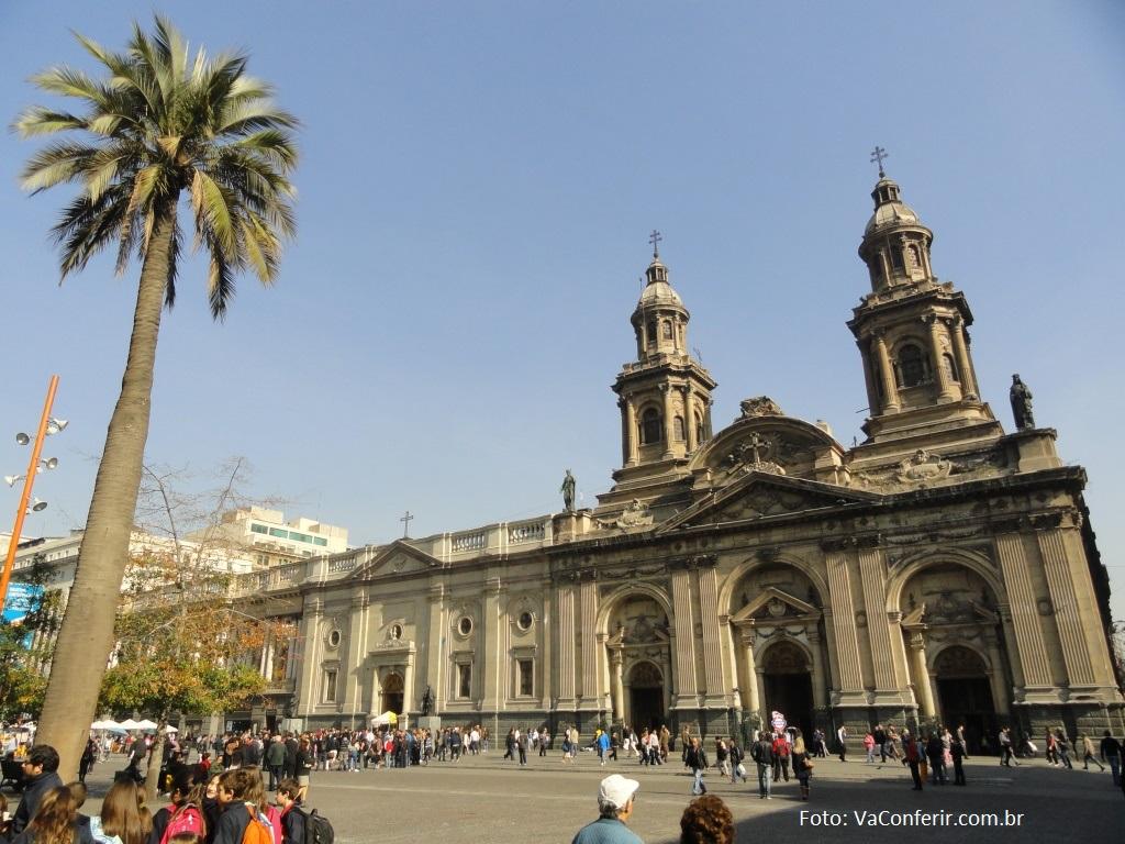 Catedral Metropolitana de Santiago - Praça de Armas - Centro da cidade