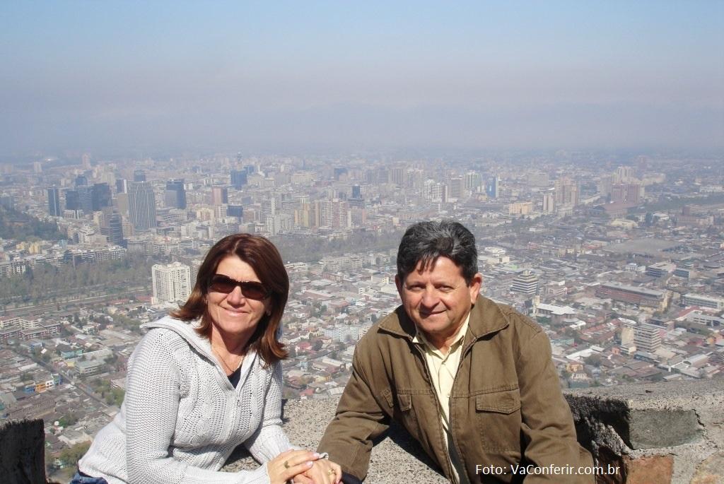 De cima da serra de São Cristóvão, temos uma vista panorâmica geral da cidade e região de Santiago.
