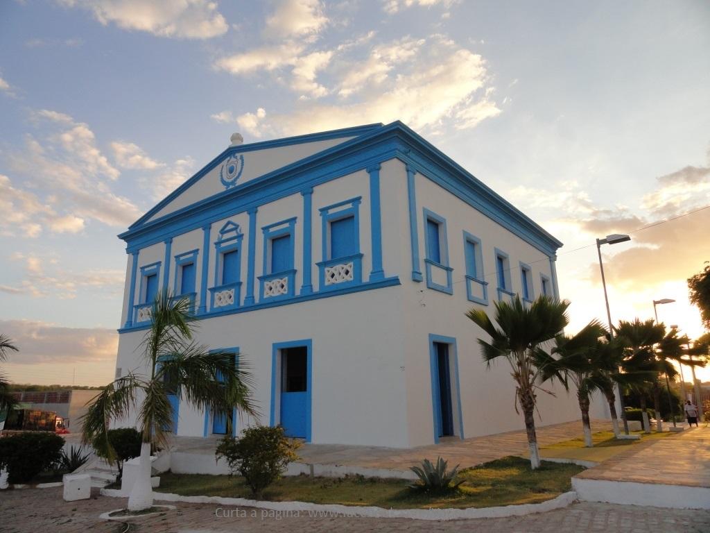 Prédio que abriga o Museu Histórico da cidade de Acari.