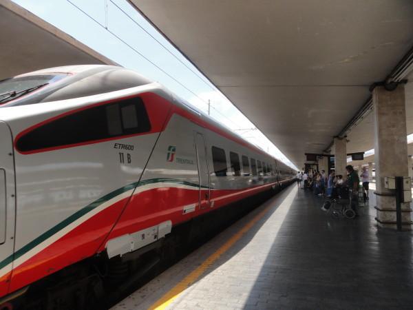 Viagem de Trem de Veneza para Milão.