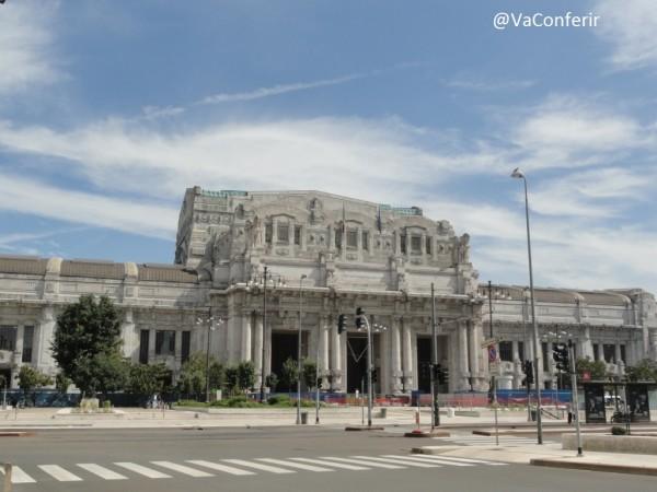 Viagem de Veneza para Milão de trem.