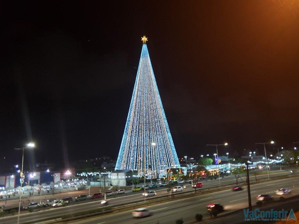 Natal em Natal de 2019: Árvore natalina de som e luz - VaConferir